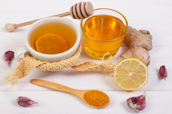 infusion de jengibre curcuma y limon
