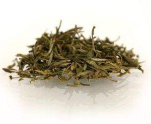 hojas de té amarillo